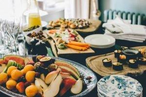 los diferentes alimentos que comemos tienen un indice de saciedad que determina si pasamos hambre o no