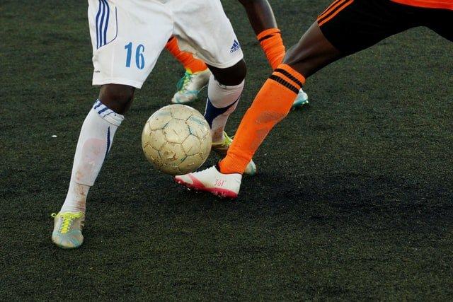 deportistas que han sufrido una lesión de menisco y necesitan rehabilitación para lesión de menisco
