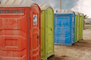casetas de baños portátiles para personas con incontinencia urinaria